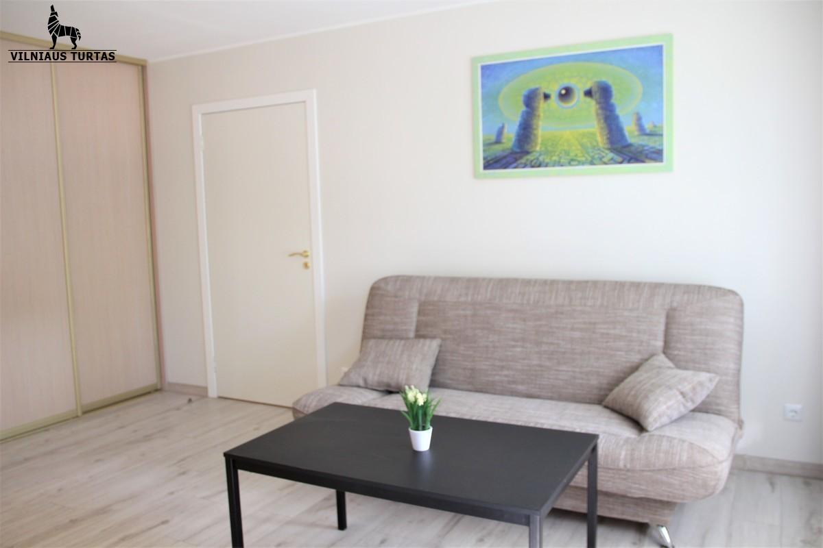 Nuomojamas naujai įrengtas butas su rūsiu Naugarduko g., Naujamiestyje, Vilniuje, 48 kv.m ploto, 2 kambariai - <strong></noscript><img class=