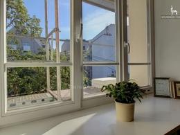 Parduodamas butas Aguonų g., Senamiestyje, Vilniuje, 56 kv.m ploto, 2 kambariai