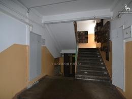 Parduodamas butas Kapsų g. 38, Naujininkuose, Vilniuje, 26 kv.m ploto, 1 kambariai