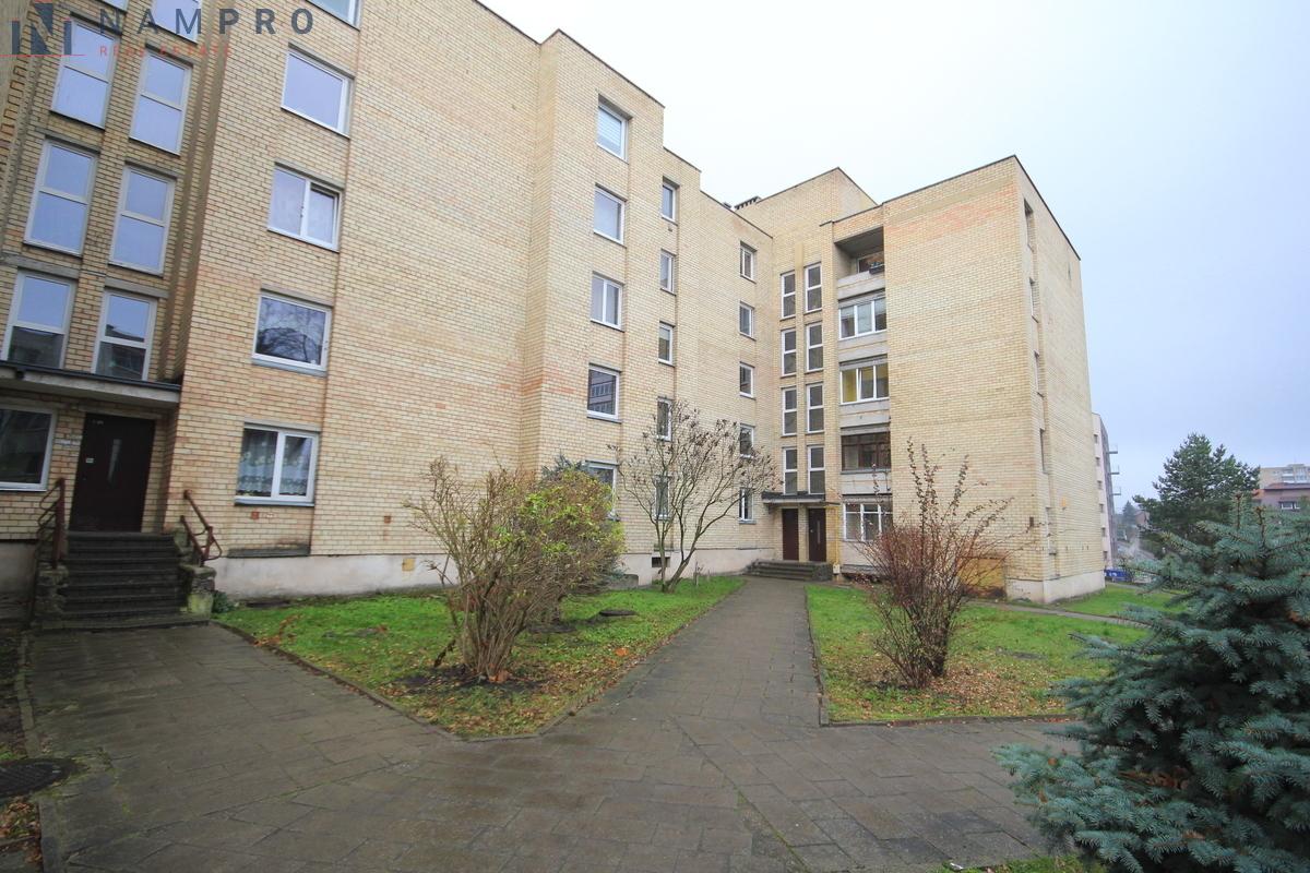 Parduodamas butas Saulės g. 30, Žaliakalnyje, Kaune, 50.6 kv.m ploto, 2 kambariai