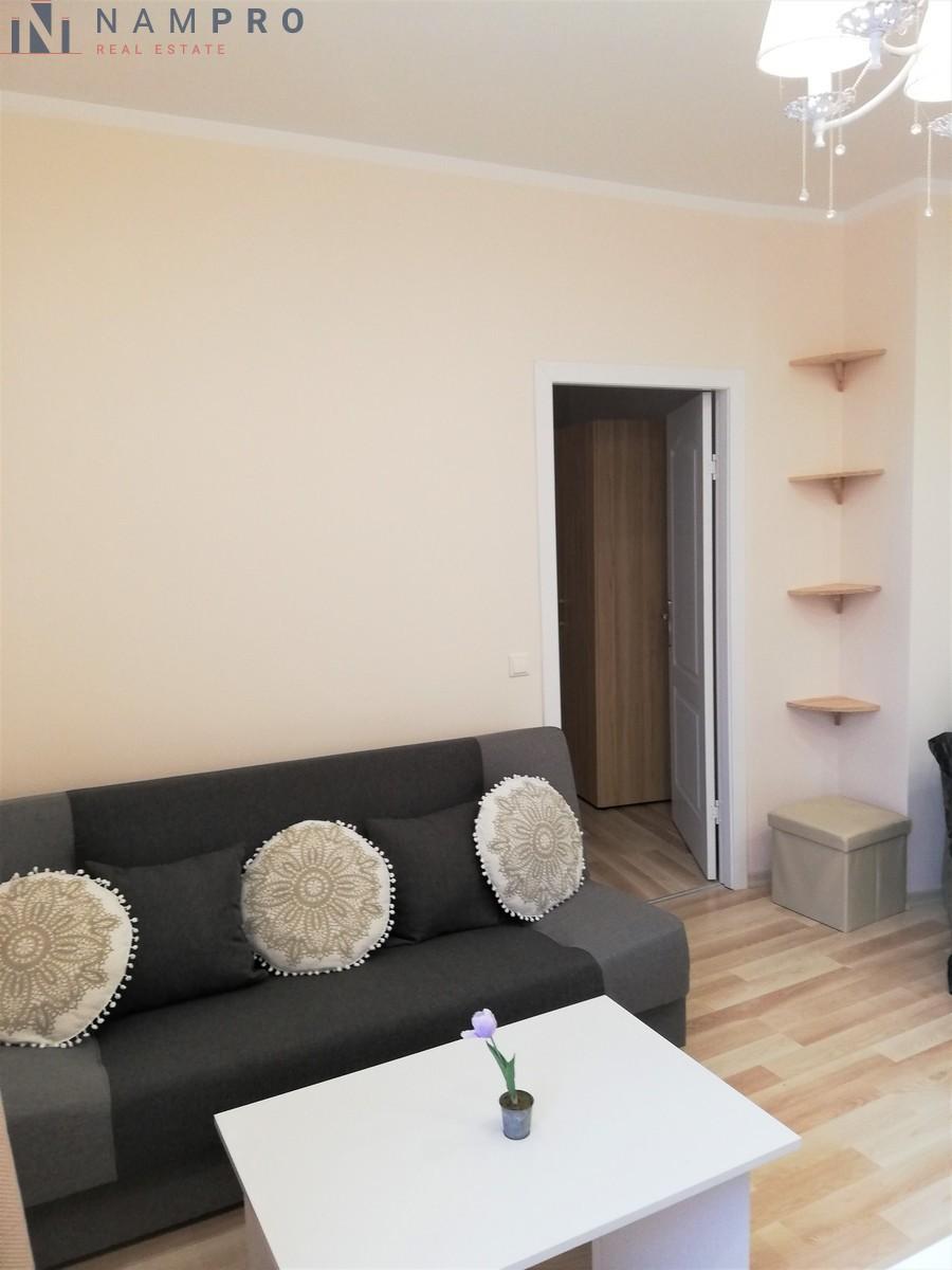 Parduodamas butas Taikos pr., Dainavoje, Kaune, 50 kv.m ploto, 2 kambariai