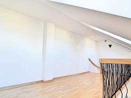 Parduodamas butas Šv. Stepono g., Senamiestyje, Vilniuje, 75 kv.m ploto, 2 kambariai