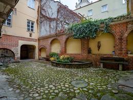 Parduodamas butas Šv. Jono g., Senamiestyje, Vilniuje, 85.48 kv.m ploto, 3 kambariai