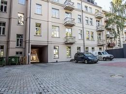 Nuomojamos patalpos Daukanto g.-8, Centre, Kaune, 109.4 kv.m ploto