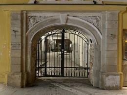Nuomojamos patalpos Visų Šventųjų g., Senamiestyje, Vilniuje, 60 kv.m ploto