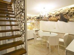 Parduodamas butas Pamėnkalnio g. 2, Senamiestyje, Vilniuje, 42 kv.m ploto, 2 kambariai