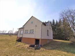 Parduodamas namas Žemoji g., Užkalnių k., 177 kv.m ploto, 1 aukštai
