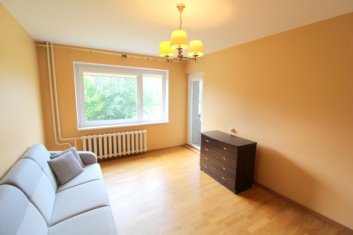 Nuomojamas butas L.Giros, Fabijoniškėse, Vilniuje, 62 kv.m ploto, 3 kambariai - <strong>390 €