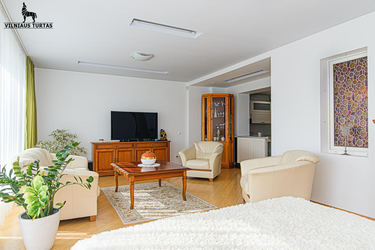 Parduodamas namas Vėtrungės g. 8, Nemenčinėje, 253 kv.m ploto, 2 aukštai - <strong></noscript><img class=